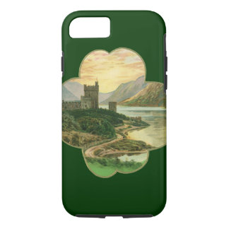 Vintage Lucky Gold Shamrock with an Irish Castle iPhone 8/7 Case