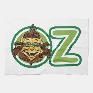 Vintage mago de Oz, león dentro de la letra O Toallas