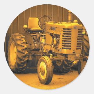 Vintage Maine Classic Round Sticker