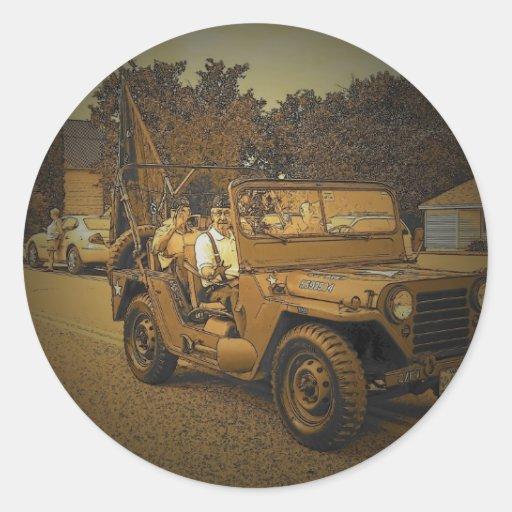 Vintage Maine Round Stickers