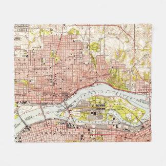 Vintage Map of Davenport Iowa (1953) Fleece Blanket