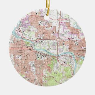 Vintage Map of Eugene Oregon (1967) Ceramic Ornament