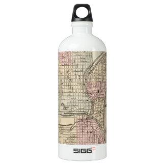 Vintage Map of Milwaukee (1880) SIGG Traveler 1.0L Water Bottle