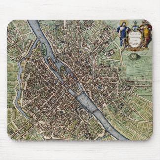 Vintage Map of Paris (1657) Mouse Pad