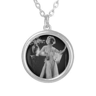 Vintage Marion Davies Colgante Redondo