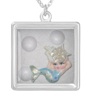 Vintage Mermaid Design Necklace