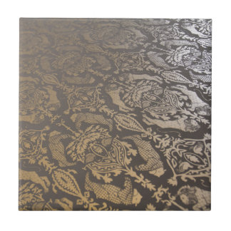 VINTAGE METALLIC DAMASK TILE