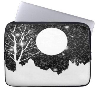 Vintage Moon night 5 Laptop Sleeve