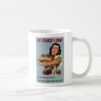 Vintage mujer en la taza del regalo de la guerra