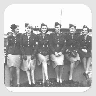 Vintage mujer retra en mujeres militares uniformes pegatina cuadrada