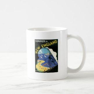 Vintage New England Classic White Coffee Mug