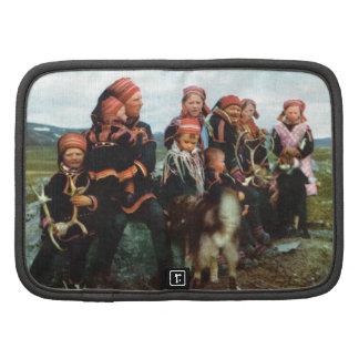 Vintage Noruega, Laponia, familia 1950 de Sami Organizador