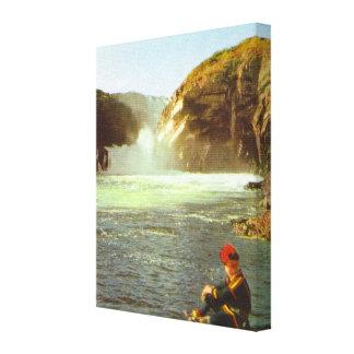 Vintage Noruega, Laponia, Sami por una cascada Lona Envuelta Para Galerias