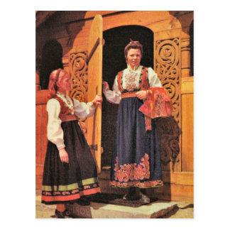 Vintage Noruega, señoras en traje tradicional Postal