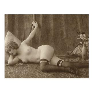 Vintage Nudes (1004) Postcard