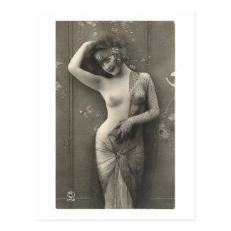 Vintage Nudes (173) Postcard