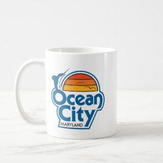 VINTAGE OCEAN CITY logo mug