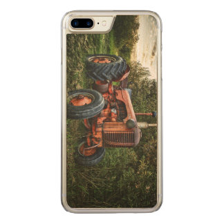 Vintage old red tractor carved iPhone 8 plus/7 plus case