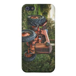 Vintage old red tractor cover for iPhone SE/5/5s