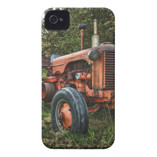 Vintage old red tractor iPhone 4 cover