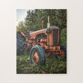 Vintage old red tractor jigsaw puzzle