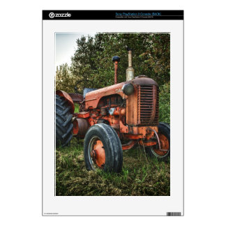 Vintage old red tractor PS3 skins