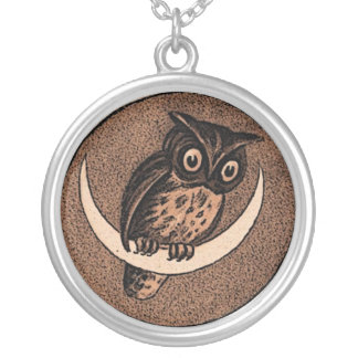 Vintage Owl Round Pendant Necklace