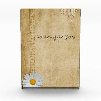 Vintage Paper Daisy Award Box