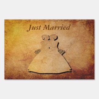 Vintage Paper Gay Bridal Just Married Yard Sign