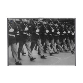 Vintage Parade Soldiers Powis iCase iPad Mini Case