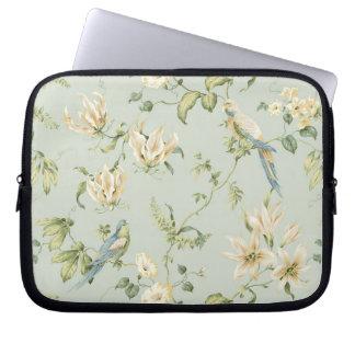 VINTAGE PASTEL ELEGANT WHITE FLOWERS & BLUE BIRDS LAPTOP COMPUTER SLEEVE