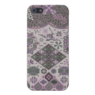 Vintage Patchwork Floral - Subdued Pink and Green iPhone SE/5/5s Case