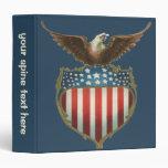 """Vintage patriótico, Eagle calvo con la bandera Carpeta 1 1/2"""""""