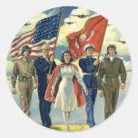 Vintage patriótico, héroes orgullosos del personal pegatina redonda