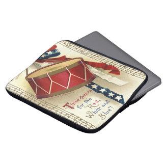 Vintage patriótico, tambores con las notas mangas computadora