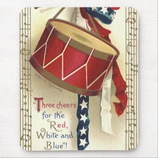 Vintage patriótico, tambores con las notas musical alfombrilla de raton