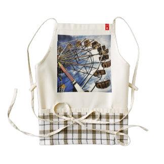Vintage photo of ferris wheel zazzle HEART apron