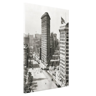 Vintage Photograph of The NYC Flat Iron Building 3 Canvas Print