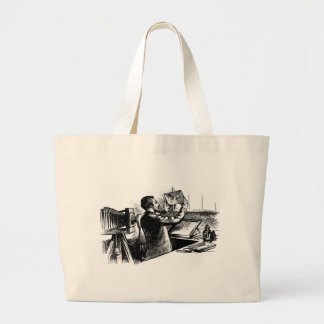 VINTAGE PHOTOGRAPHER TOTE BAGS