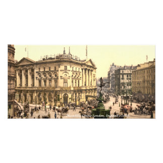 Vintage Piccadilly Circus London street scene Card