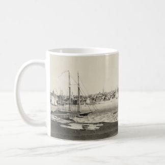 Vintage Pictorial Map of Newport RI (1860) Coffee Mug
