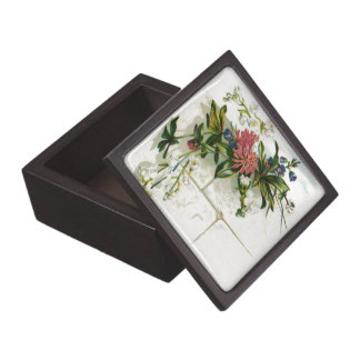 Vintage Pink and White Flowers Gift Box