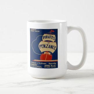 """Vintage """"piratas de la taza del poster de Penzance"""