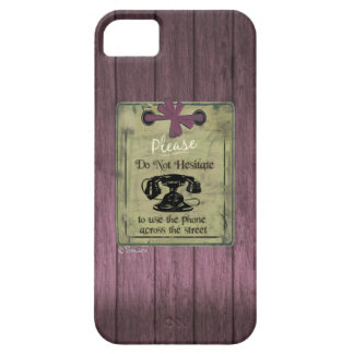 Vintage Puce Wooden Use Phone Across the Street iPhone SE/5/5s Case