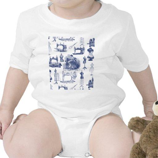 Vintage que cose Toile Traje De Bebé