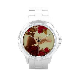 Vintage que lleva a cabo las manos relojes de pulsera