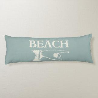 Vintage que señala la muestra de la playa almohada de cuerpo entero