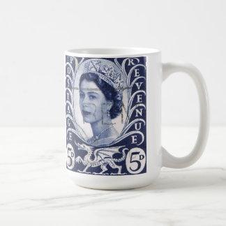 Vintage Queen Elizabeth UK Britain Coffee Mug