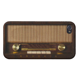 Vintage Radio Cases For iPhone 4