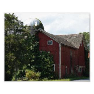 Vintage Red Barn 10x8 Photographic Print